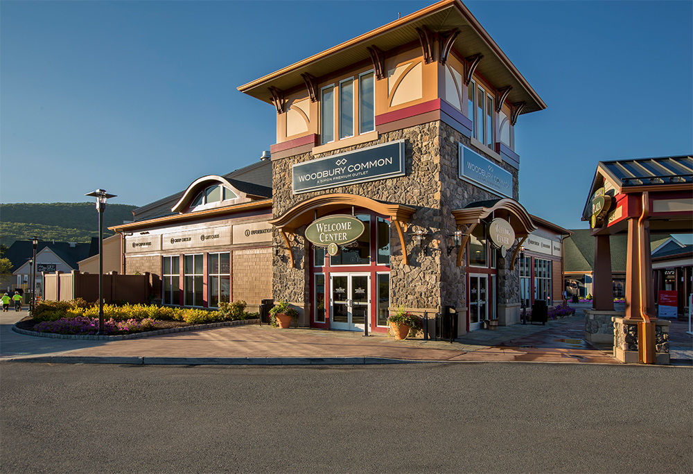 Many outlet stores in New York State can be found within the greater New York City area; however, some, such as Woodbury Common Premium Outlets, are located some distance from the city and are best visited by way of a New York City shopping tour bus.