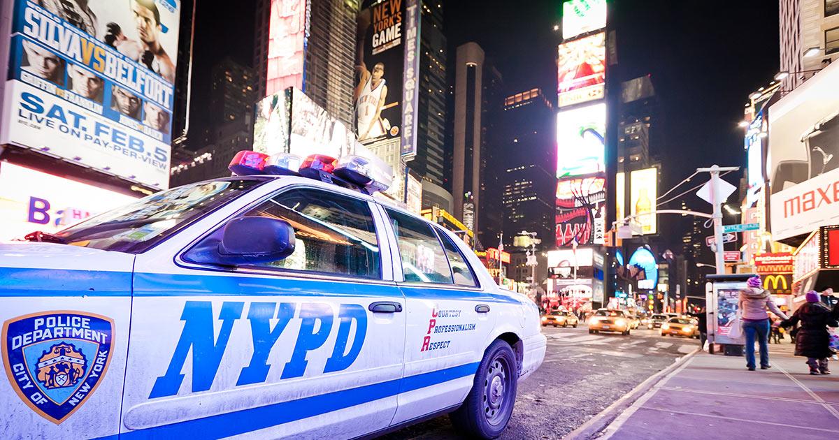 Polis på Times Square
